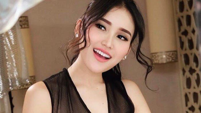Lirik dan Chord Gitar Lagu Ayu Ting Ting Berjudul Tatitut, Langsung Viral di YouTube