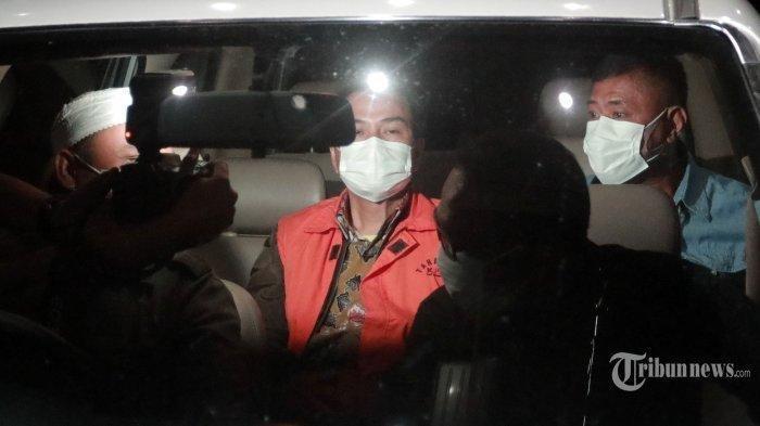 Penangkapan Azis Syamsuddin Penuh Drama, Ngaku Isoman Ternyata Nonreaktif Covid, Dijemput Paksa KPK