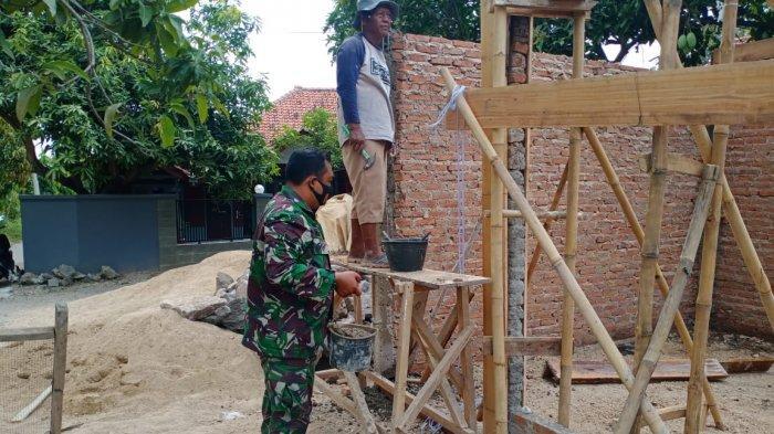 Bakti TNI di Majalengka, Gotong Royong Bersama Warga Bangun Posyandu