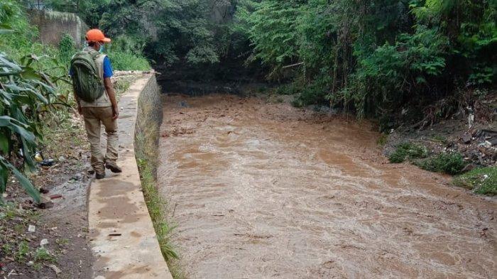 Air Bah di Sungai Cianjur Tiba-tiba Menerjang, 3 Warga Terseret Arus Satu Orang Ditemukan Meninggal