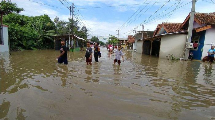 BPBD Pemkab Cirebon Ungkap Penyebab Banjir yang Merendam Tujuh Desa di Kecamatan Susukan
