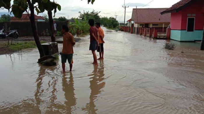 5 Desa di Majalengka Terendam Banjir Akibat Hujan Deras Hari Ini, Kebanyakan Genangi Sawah dan Jalan