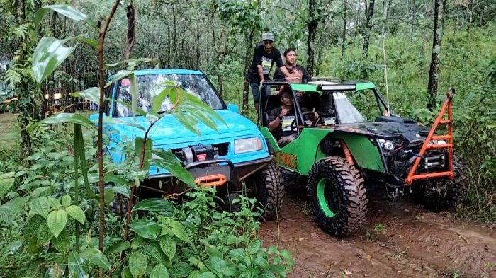 Banjir Mobil Jimny Katana di Wisata Off Road, SKIn Kuningan Kenalkan Wisata Alam Kaki Gunung Ciremai