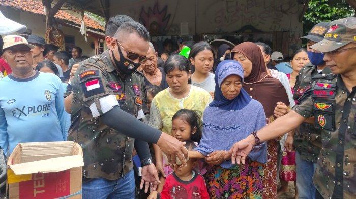 Bantuan Logistik dan Sembako Bagi Korban Banjir di Majalengka Datang dari Ormas Grib