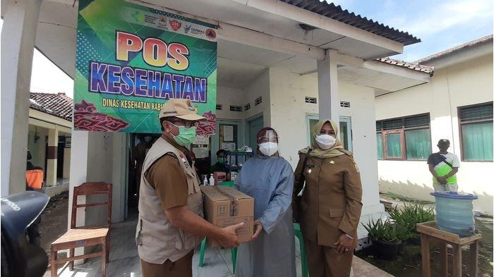 Dinkes Kabupaten Cirebon Siagakan Posko Kesehatan, Bantu Warga Terdampak Puting Beliung Desa Slangit