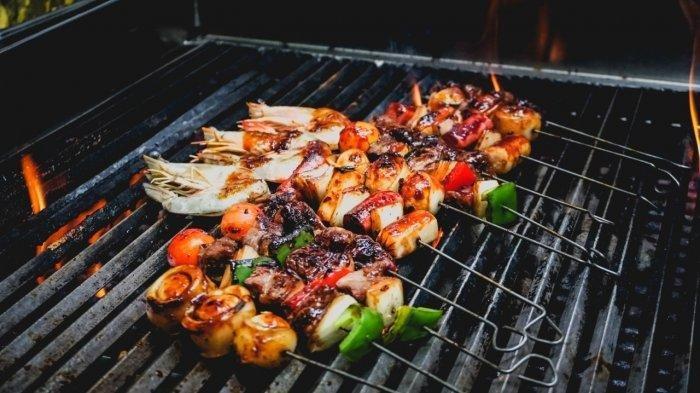 Tips Pesta Barbeque-an di Malam Tahun Baru Nanti Malam, Jangan Pakai Daging Ayam