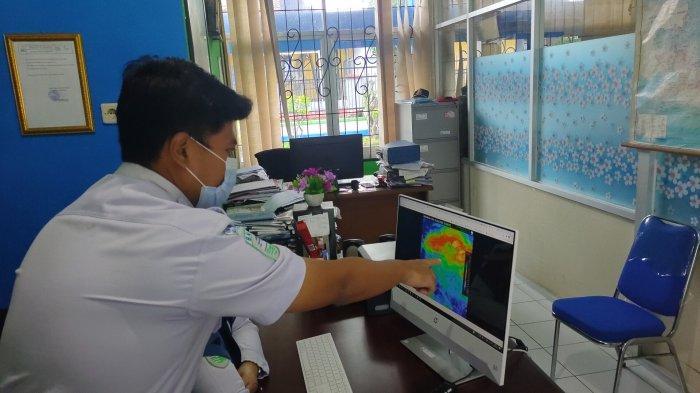 Peringatan Dini Cuaca Ekstrem Hari Ini, BMKG: Angin Kencang Bakal Landa Ciayumajakuning