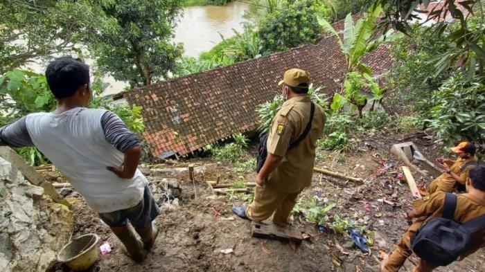 Sukabumi Dilanda Bencana, Mulai Longsor, Pohon Tumbang Hingga Pergerakan Tanah, Tak Ada Korban Jiwa