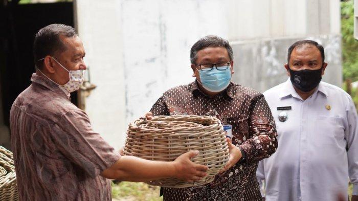 Dukung Para Pengusaha Kecil di Majalengka, BI Cirebon Ekspor Produk UMKM Binaan ke Luar Negeri