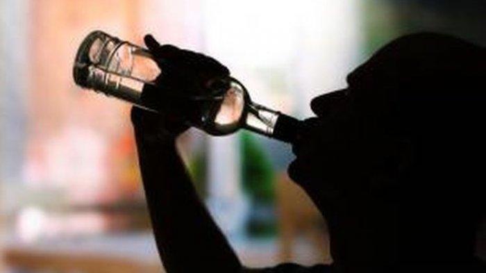 Berulang Kali Dilakukan Razia, Ratusan Botol Miras Masih Ditemukan di Indramayu
