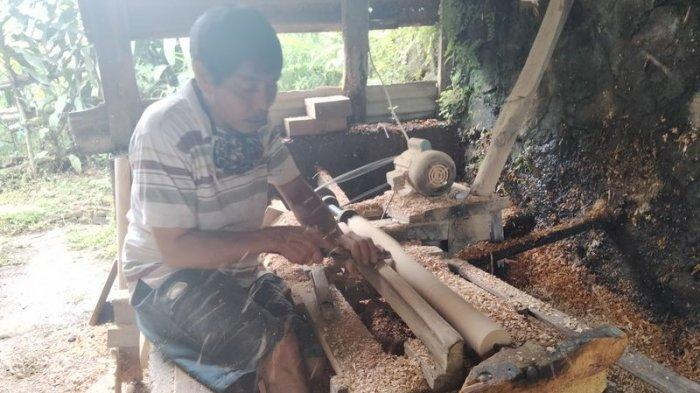 Produksi Bubutan Kayu di Kuningan Tembus Pasar Internasional, Jasa Tukang Bubut Tak Ditarif