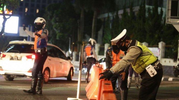 Sejumlah Ruas Jalan di Majalengka Dibuka Tutup Sejak Jumat Sore, Cegah Warga Berkerumun