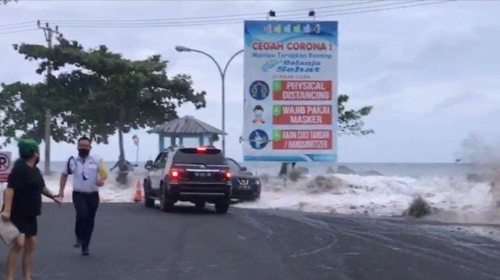 Gelombang Tinggi Mirip Tsunami Terjang Manado Viral, Ini Penjelasan Ilmiah BMKG