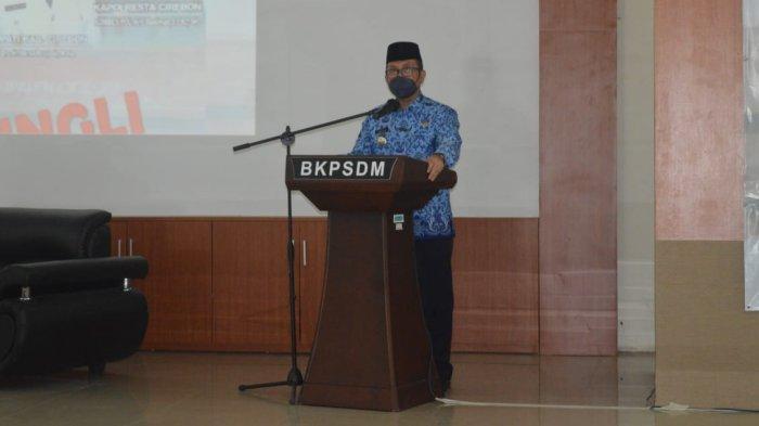 Masih Terima Laporan dari Warga Soal Pungutan, Bupati Cirebon Siap Perangi Pungli,