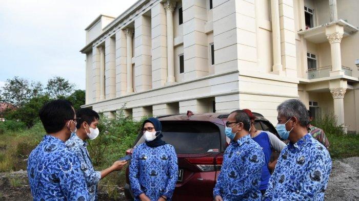 Bupati Indramayu Pertimbangkan Asrama Haji Sebagai Alternatif Perawatan Pasien Covid-19, RS Penuh