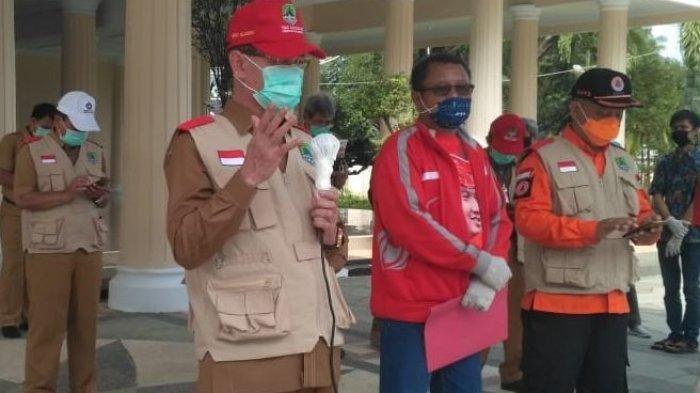 Bupati Majalengka Lepas Puluhan Relawan Berantas Covid-19, Akan Semprot 100 Desa