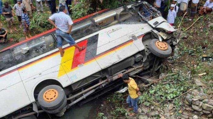 Pemkab Agam Berduka, Bus Rombongan ASN Alami Kecelakaan Maut di Madina, Dua Kepala Dinas Tewas