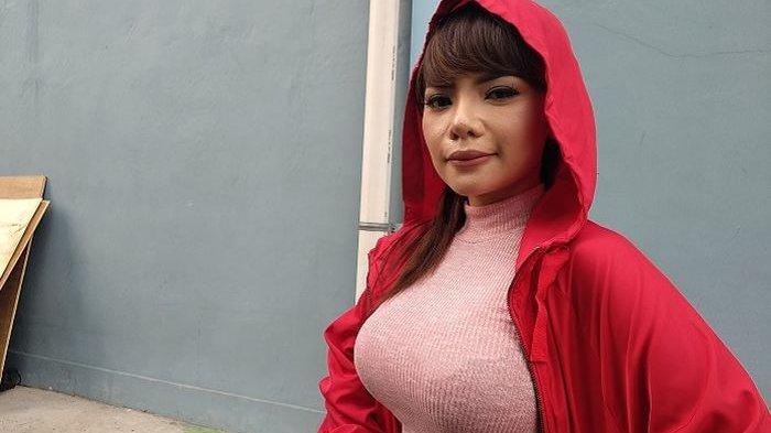 Dinar Candy Ngaku Kini Dia Pacaran dengan Aktor Ganteng, Siapa Sih?