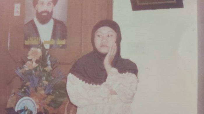 Casmi (56) Pekerja Migran Indonesia (PMI) atau TKW asal Desa Sukamulya, Kecamatan Tukdana, Kabupaten Indramayu yang tertahan pulang di Arab Saudi