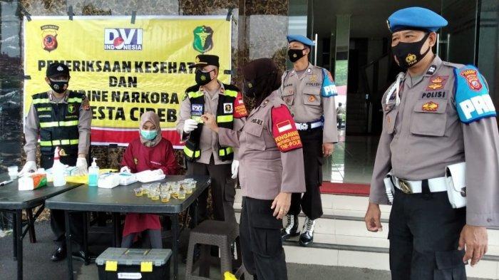 Cegah Penyalahgunaan Narkoba Puluhan Personel Polresta Cirebon Jalani Tes Urine, Ini Hasilnya