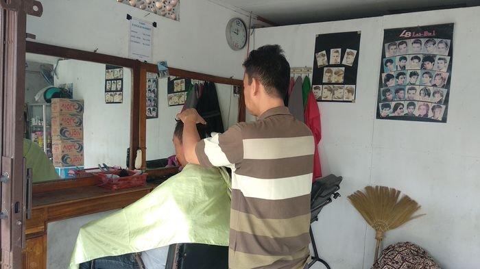 Deny Siregar Asal Siantar Tewas Saat Cukur Rambut, Minta Rambutnya Dicepak, Meninggal Sebelum Beres
