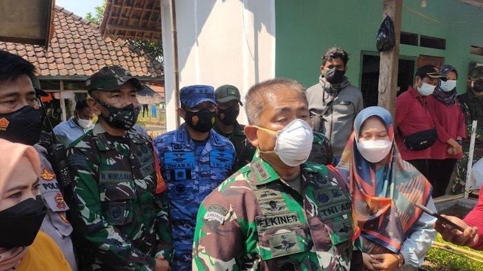 TNI Kirim Obat-obatan untuk Warga Majalengka yang Jalani Isolasi Mandiri, Besok Bantu Sembako