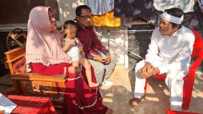 Dedi Mulyadi Sedih Lihat Anak Istri 2 Korban Tewas di Lahan Tebu, Kini Kesulitan, Dedi Beri Bantuan