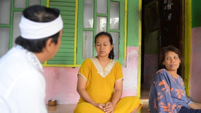 Dedi Mulyadi Menangis Saat Kunjungi Keluarga Korban Konflik Lahan Tebu, Ini Solusi yang Diajukannya