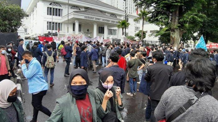 Waspada! Demo Mahasiswa Bisa Jadi Klaster Baru Covid-19, Dinkes Kota Bandung Akan Tes Cepat Pedemo