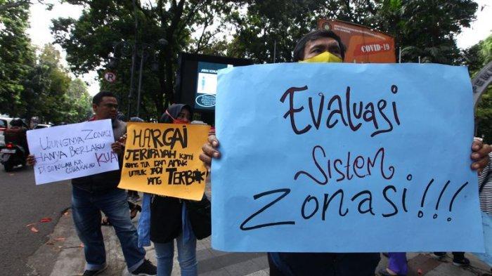 Orangtua Siswa Demo Soal PPDB Kota Bandung, Protes Jalur Zonasi Tak Transparan dan Rawan Kecurangan