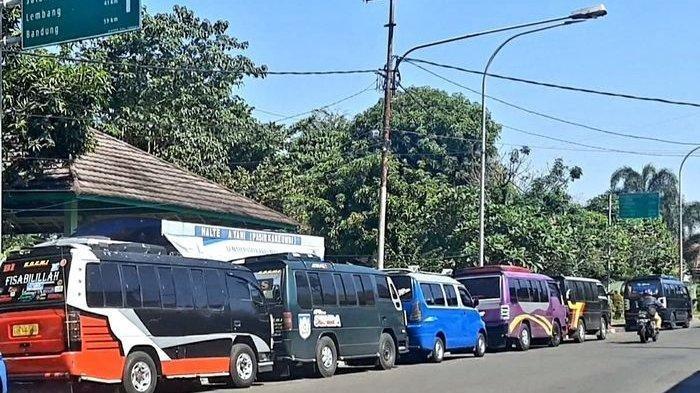 Dapur Susah Ngebul, Duit Seperti Barang 'Langka' bagi Sopir Angkot Subang-Bandung, Terpaksa Ngutang