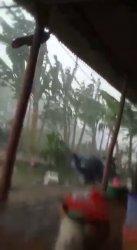 Rumah warga rusak akibat dihantam angin puting beliung di Blok Sukasari Desa/Kecamatan Tukdana.