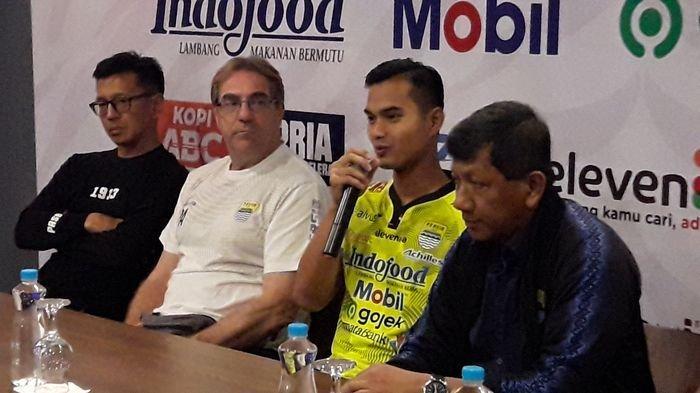 Dhika Bhayangkara diperkenalkan Persib Bandung