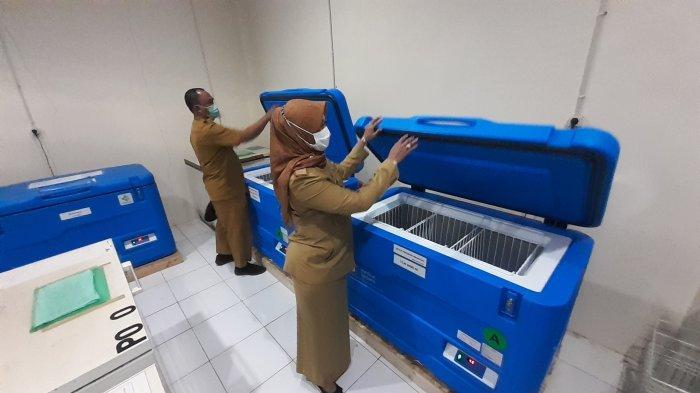 Dinkes Kabupaten Cirebon Siapkan Vaccine Cold Chain Tempat Penyimpanan Vaksin Covid-19