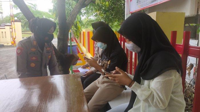 Polsek Cigasong Majalengka Dirikan Posko Daring Bantu Para Pelajar Ujian Sekolah Berbasis Online