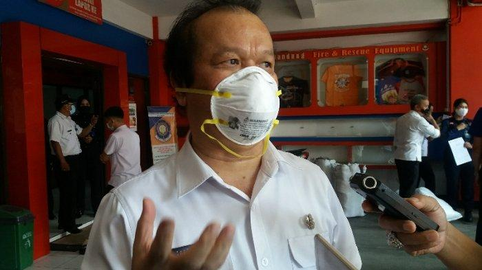Direktur RSKIA Kota Bandung, dr. Taat Tagore D. Rangkuti jelaskan terkait kondisi ruang isolasi di RSKIA Kota Bandung yang sudah tidak mampu menampung pasien baru, saat ditemui di sela kegiatan di Mako Dinas Pemadam Kebakaran dan Penanggulangan Bencana (Diskar PB) Kota Bandung, Rabu (9/9/2020).