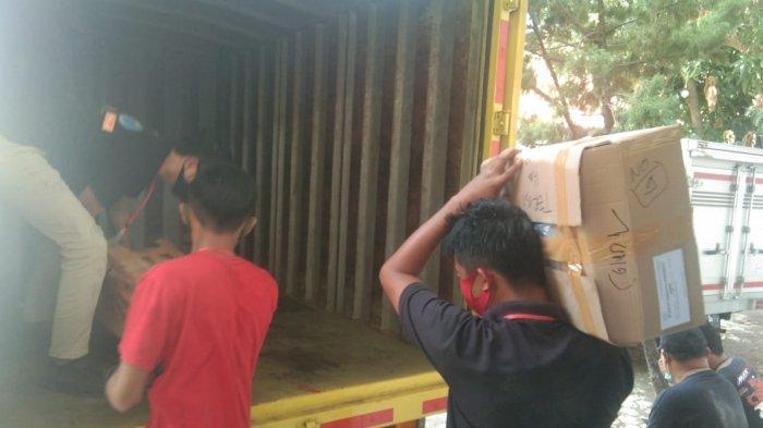H-1 Pilkada Indramayu 2020, Seluruh Logistik Mulai Bergeser ke KPPS