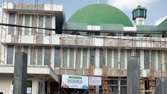 Sejumlah Masjid di Kuningan Sepi, Mayoritas Warga Tunaikan Solat Ied di Rumah Masing-masing