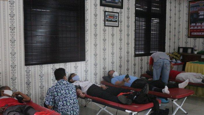 Puluhan Petugas Lapas Kelas II A Kuningan Donor Darah, Kalapas Gumilar Budirahayu Jelaskan Begini