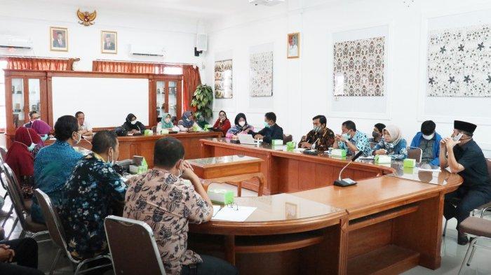 Kadinkes Kota Cirebon Akui Masih Banyak Kendala untuk Wujudkan UHC 100 Persen BPJS Kesehatan