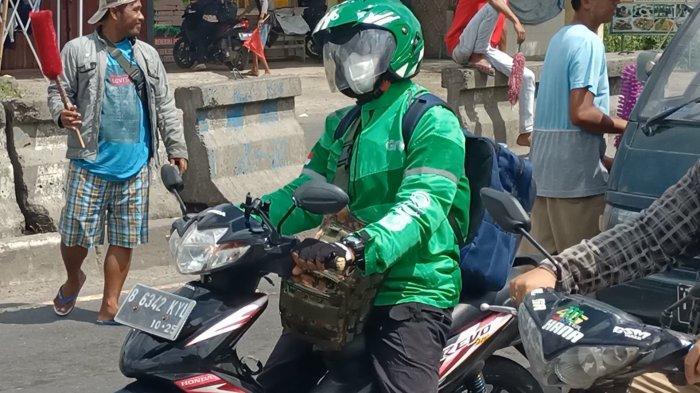 Rombongan Ojol dari Jakarta Warnai Mudik di Jalur Pantura Indramayu, Mereka Pulang Jateng Bersama