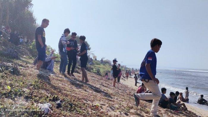 Pantai Sayang Heulang Garut lokasi tenggelamnya warga Garut Kota, Minggu (16/5/2021).