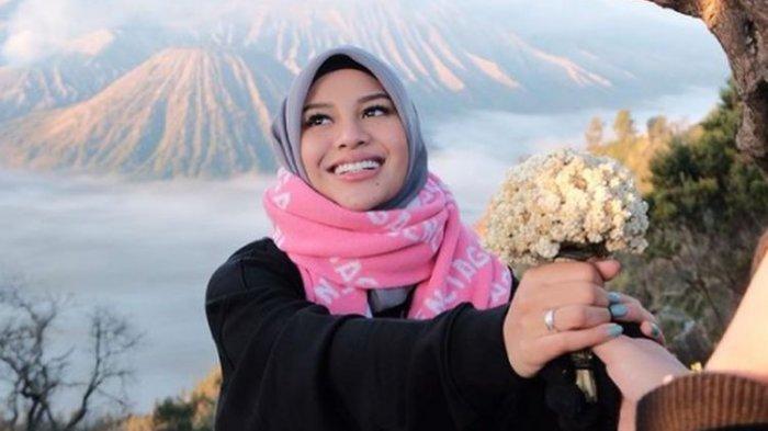 Aurel Hermansyah dan Lesti Kejora Foto Bareng, Keduanya Saling Mendoakan, Tulis Kalimat Ini