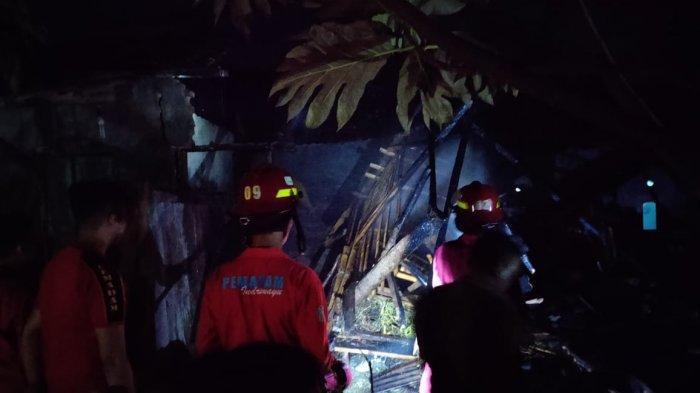 4 Ekor Kambing Gosong Terbakar Hidup-hidup di Indramayu, Si Jago Merah Juga Lalap Rumah Pemilik