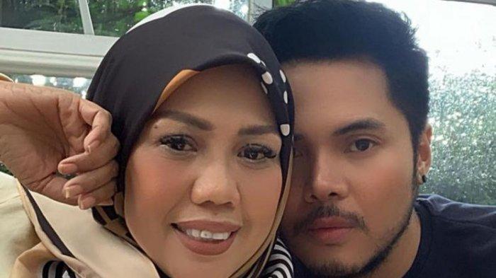 Alasan Sederhana Elly Sugigi Sudi Nikah Siri dengan Aher, Berondong Asal Bandung: Ya Supaya Gak Zina