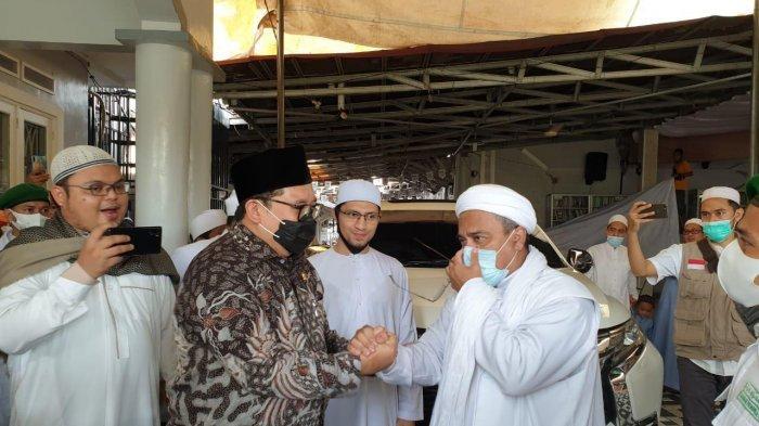 Prabowo Disebut-sebut Mungkin Akan Bertemu dengan Rizieq Shihab oleh Fadli Zon