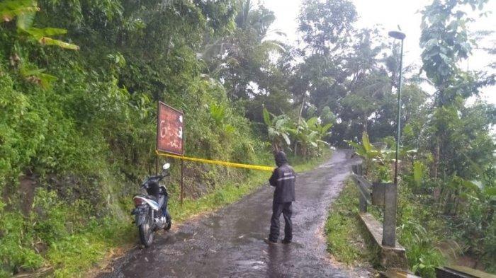 Zona Longsor di Desa Padahurip Dipasangi Police Line, Polisi Sebut Potesi Gerakan Tanah Makin Aktif