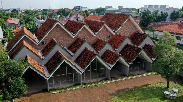 Gedung Creative Center Jabar di Cirebon untukWarga Ciayumajakuning