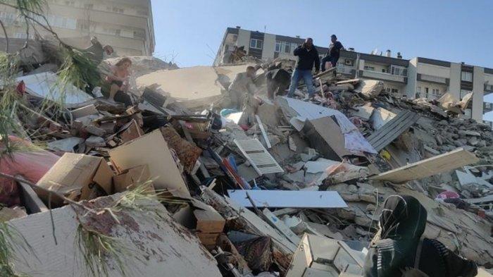 Gempa Berkekuatan Magnitudo 7 Guncang Turki, Athena Ikut Bergetar, Rumah Ambruk Korban Berjatuhan