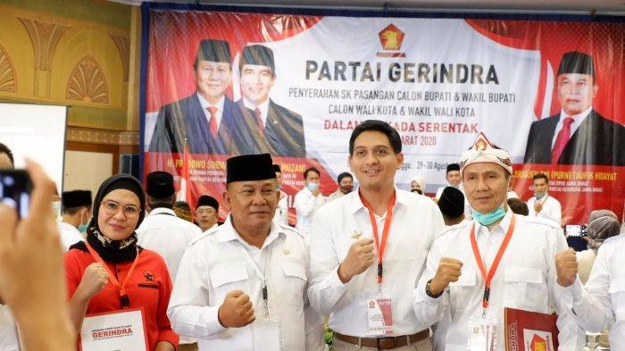 Nina Agustina Da'i Bachtiar-Lucky Hakim akan Mendeklarasikan Diri di Taman Tugu Perjuangan Indramayu